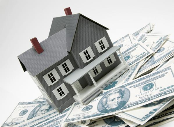Ahorrarás $16,800 más si tú mismo vendes tu casa a la mediana del precio de venta de una vivienda unifamiliar.