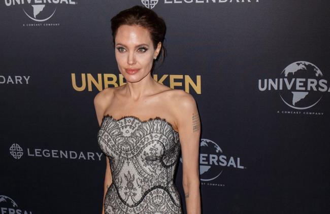 Jolie posee un gen que eleva al 87% las posibilidades de padecer cáncer.