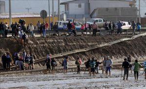 Chile eleva a 10 los fallecidos en las inundaciones (video)