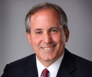 El fiscal general de Texas enfrenta importantes cargos por fraude (VIDEO)