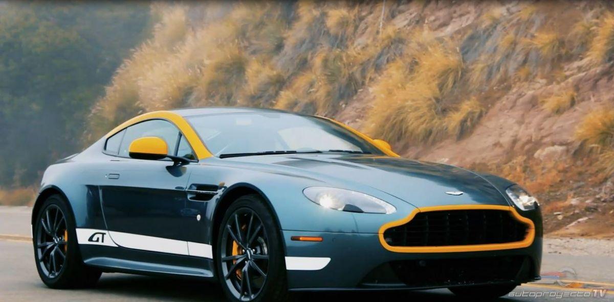 El Aston Martin Vantage GT 2015 rompe el asfalto