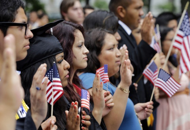 La controversial ley de inmigración que cumple 50 años