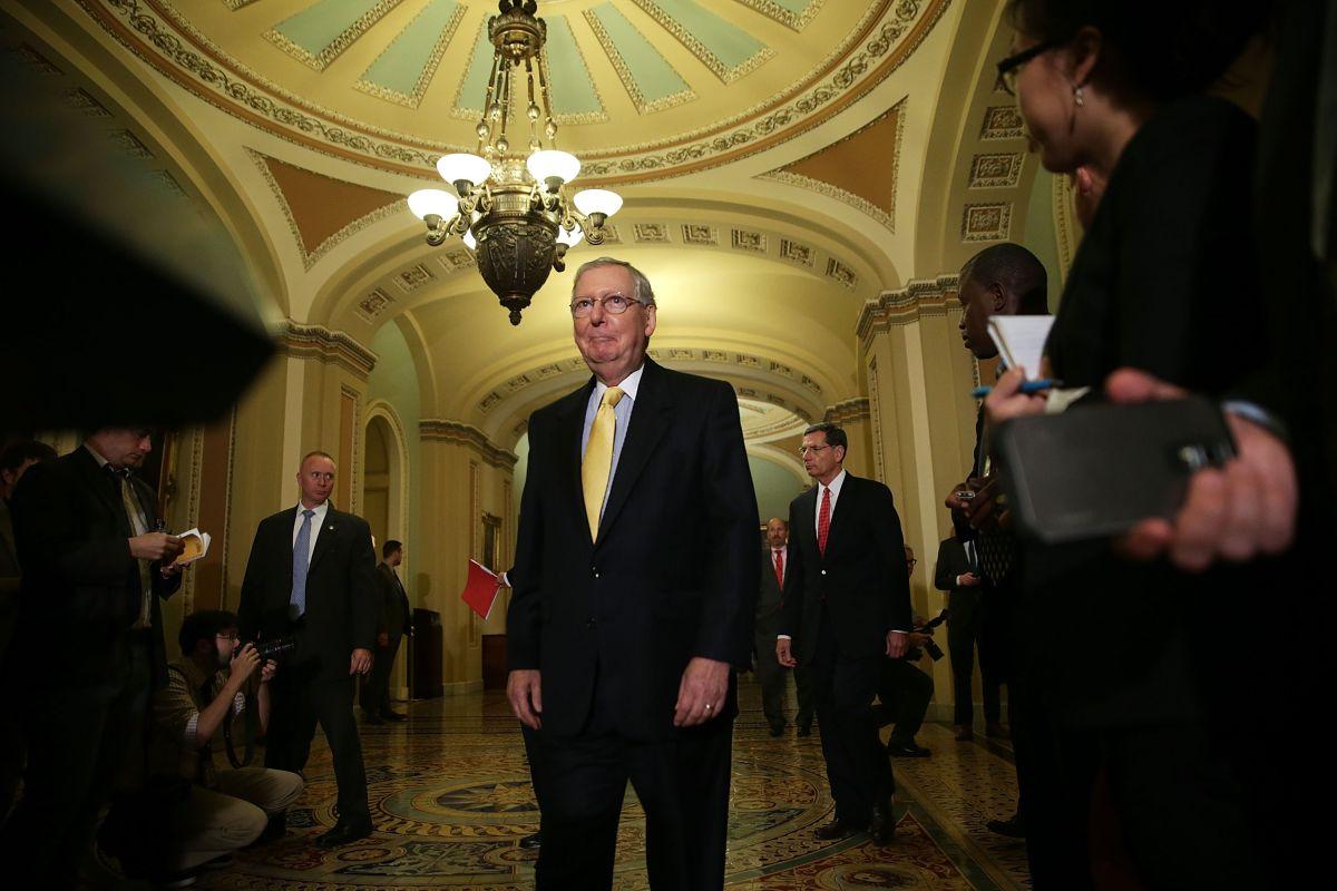 Congreso evita cierre del gobierno federal pero mantiene luchas internas