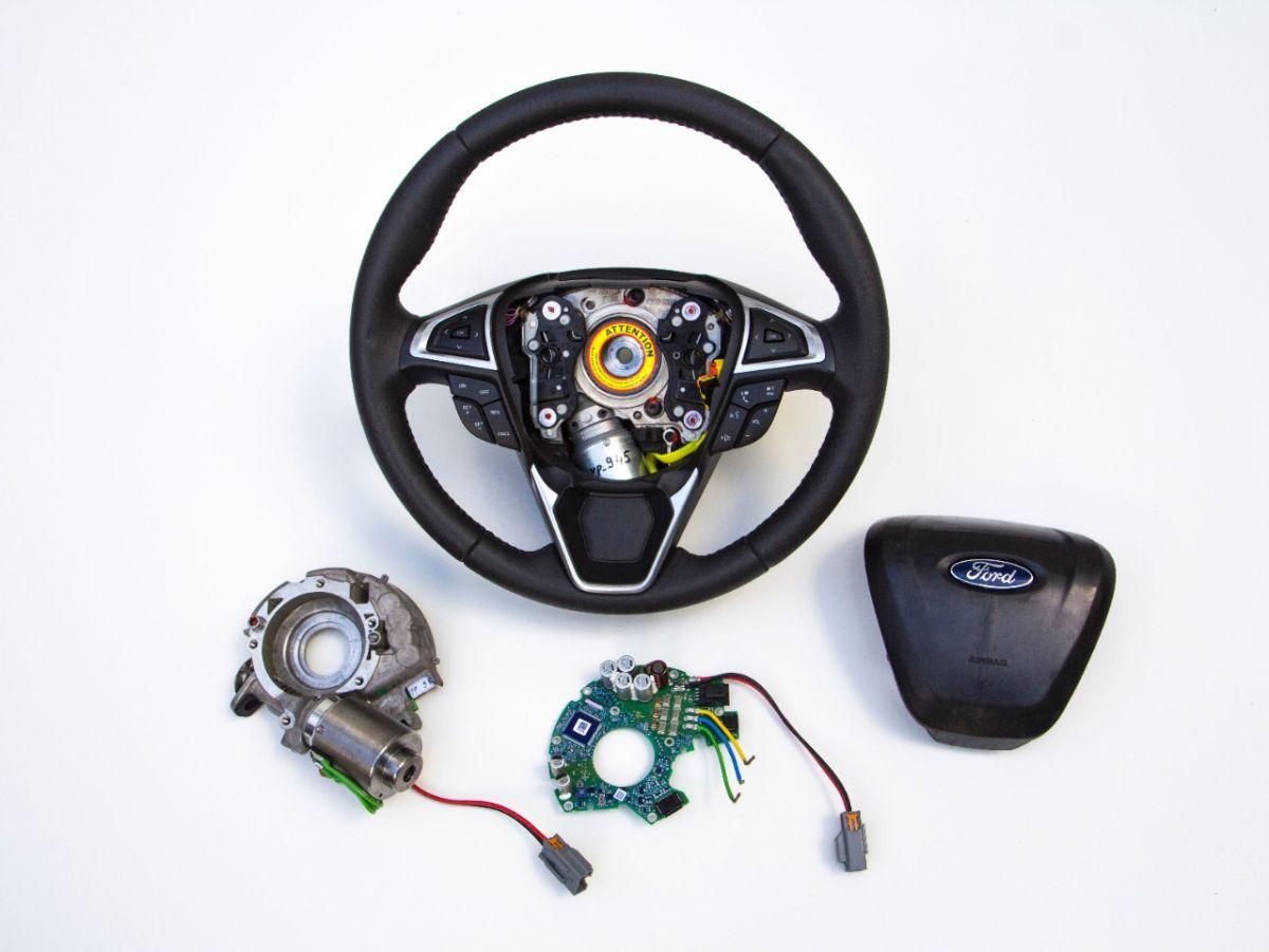 Conoce el nuevo volante inteligente de Ford