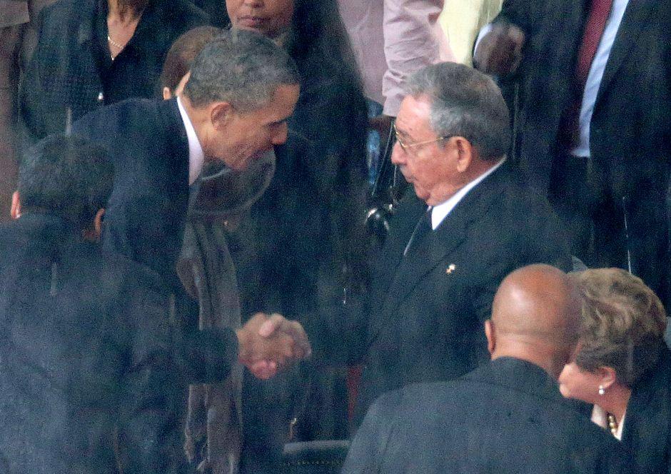 Casa Blanca anuncia reunión de Obama con Raúl Castro