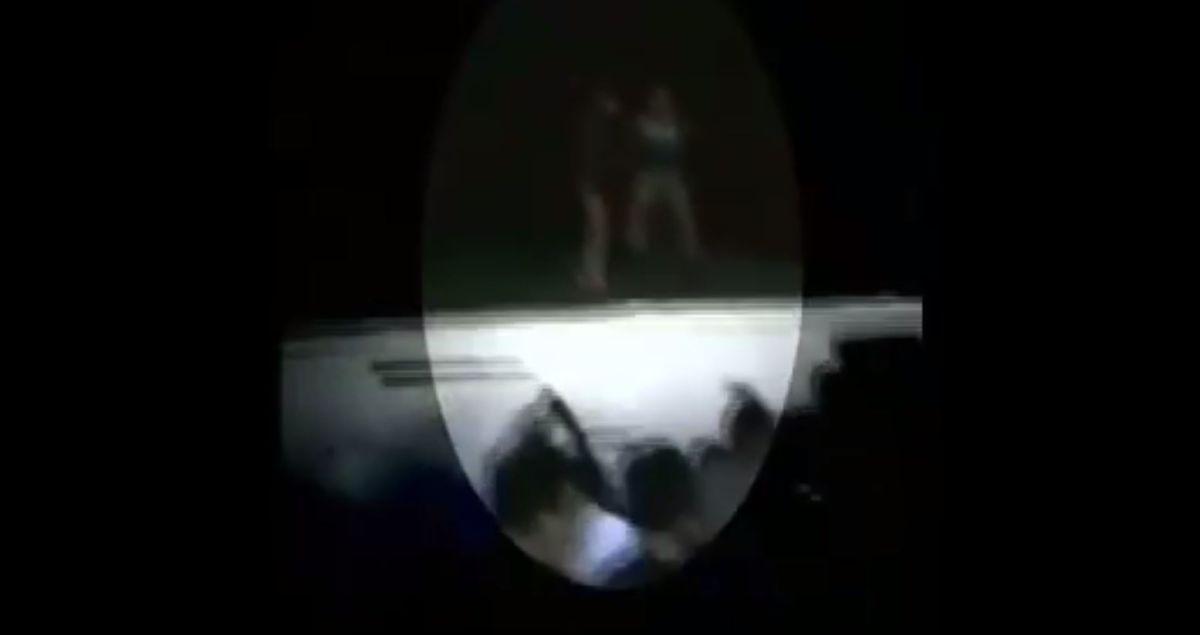 VIDEO: Joven empuja a su novia de techo en medio de fiesta