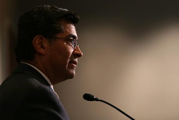 Congresista latino recuerda a republicanos la saga de Pete Wilson