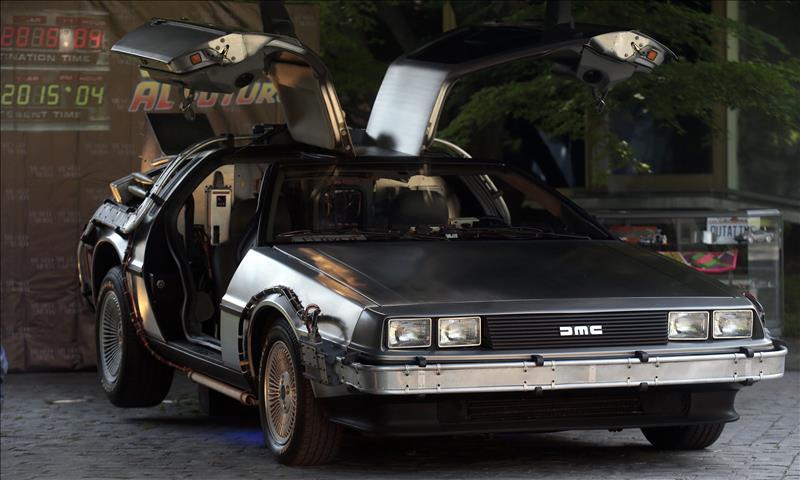 Hoy, volvimos del futuro a bordo de un DeLorean