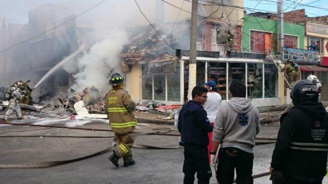 Al menos 5 muertos en accidente de avioneta en Bogotá
