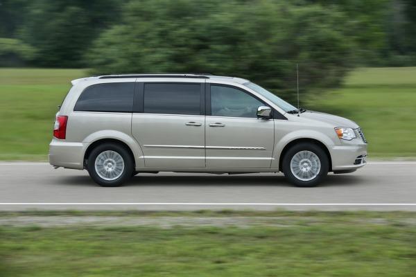Sigue incierto el futuro del minivan