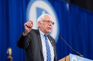 Activista angelino será enlace de Bernie Sanders con comunidad latina