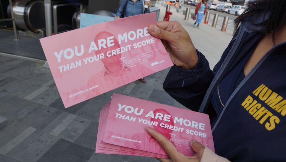 Trabajadores enfrentan discriminación por historial de crédito