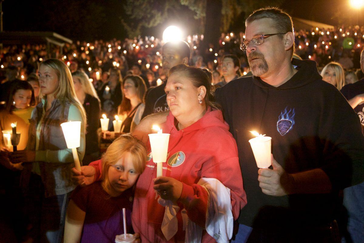 "Congreso está ""anestesiado"" ante violencia de armas, dicen activistas"