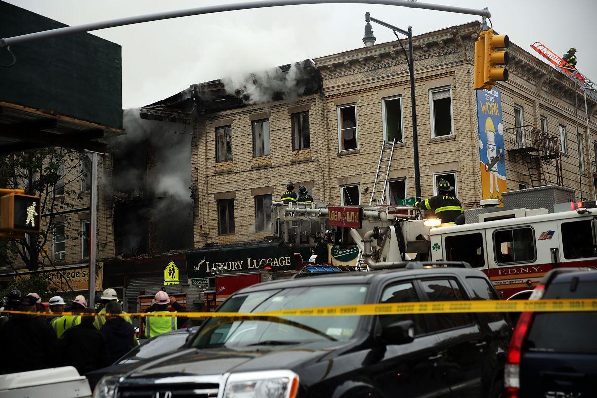 Un muerto y tres heridos por explosión en Brooklyn (FOTOS)