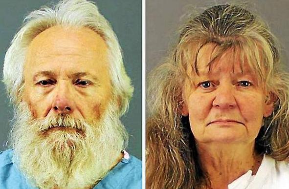 Acusan a padres de asesinar al hijo en una iglesia