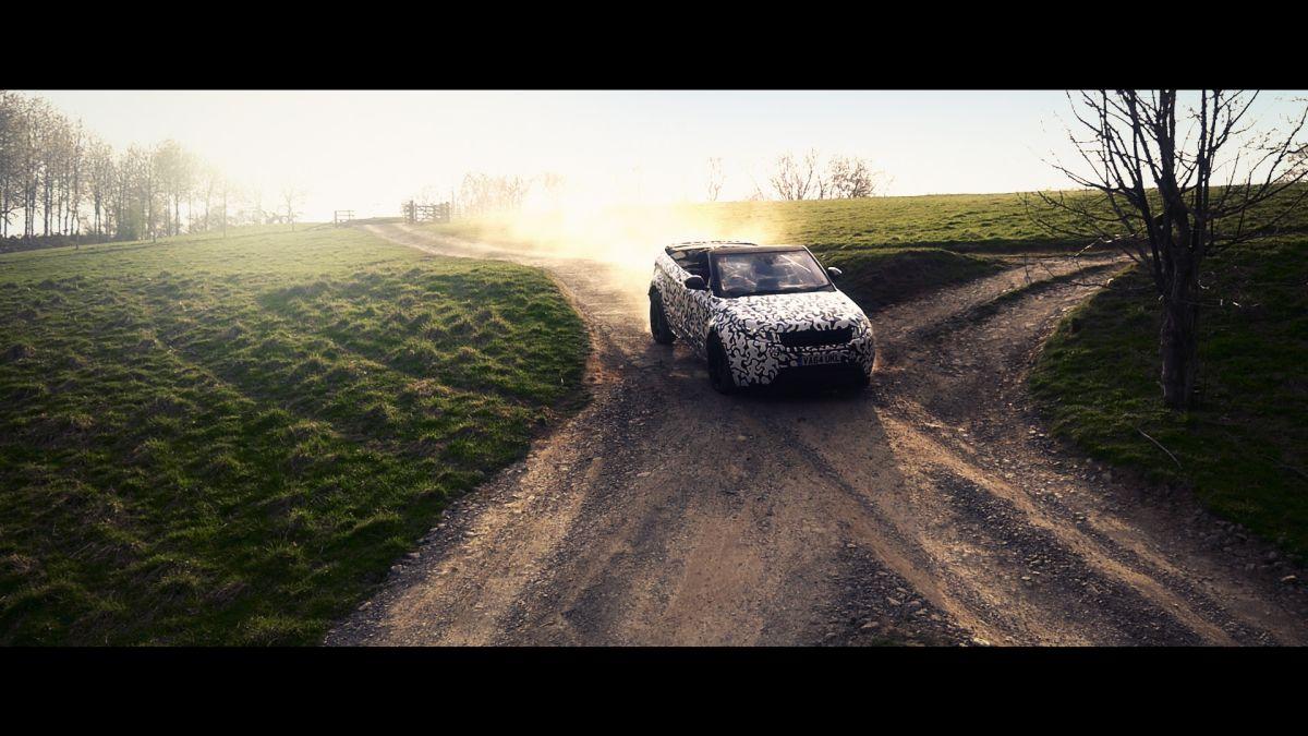 Es convertible, es todoterreno y es un SUV; es Range Rover