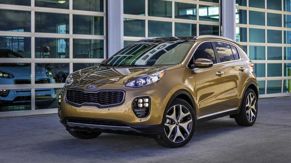 El Sportage 2017 parece un SUV de lujo, pero no lo es