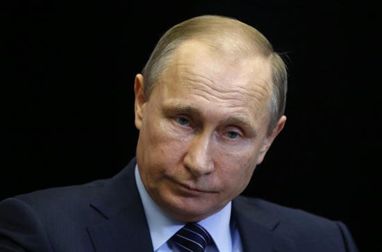 """Putin: """"Golpe a traición"""" de Turquía el derribo de bombardero ruso"""