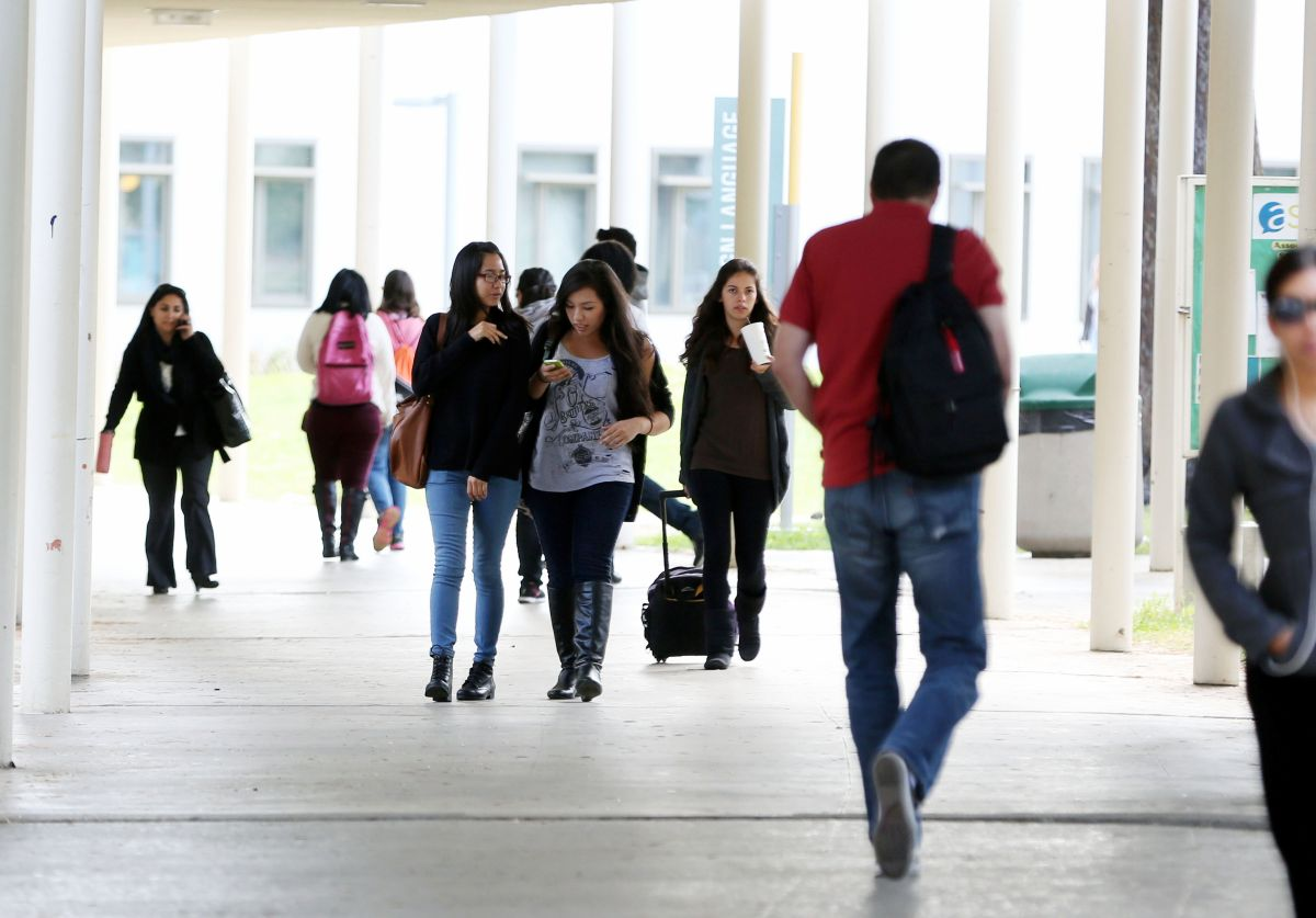 Un camino hacia la educación universitaria