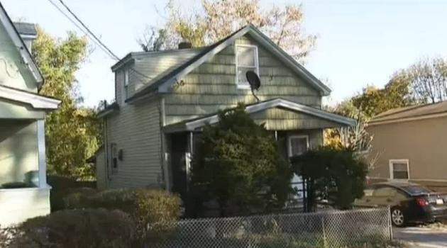 Muere niña de Long Island tras ser atacada por un pit bull
