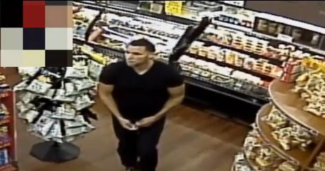 VIDEO: Hombre le pega un puño en la cara a una mujer en El Bronx