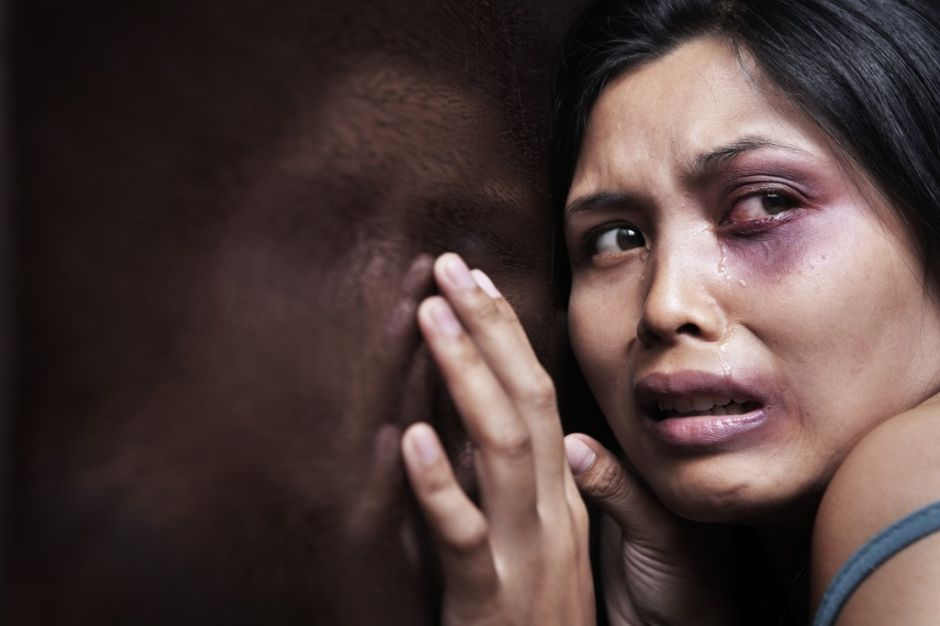 Lucha contra la violencia doméstica en Long Island