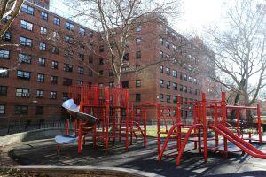 """Golpes """"de la cabeza a los pies"""" tenía niño asesinado en Harlem, pero vecinos y policías no lo percibieron"""