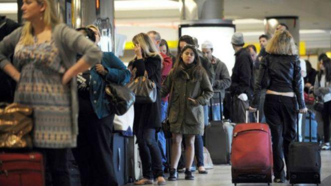 Autoridad Portuaria exige reducir tiempos de espera en aeropuertos