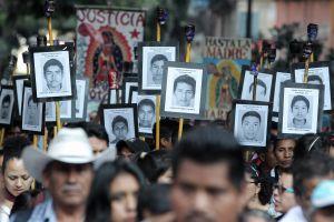 Editorial: Se acerca el carpetazo para los 43 normalistas