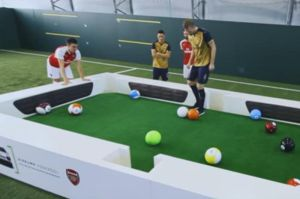 "Jugadores del Arsenal se fueron a jugar 'fut billar"""