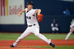 Dodgers llegan a un acuerdo con el pitcher japonés Kenta Maeda
