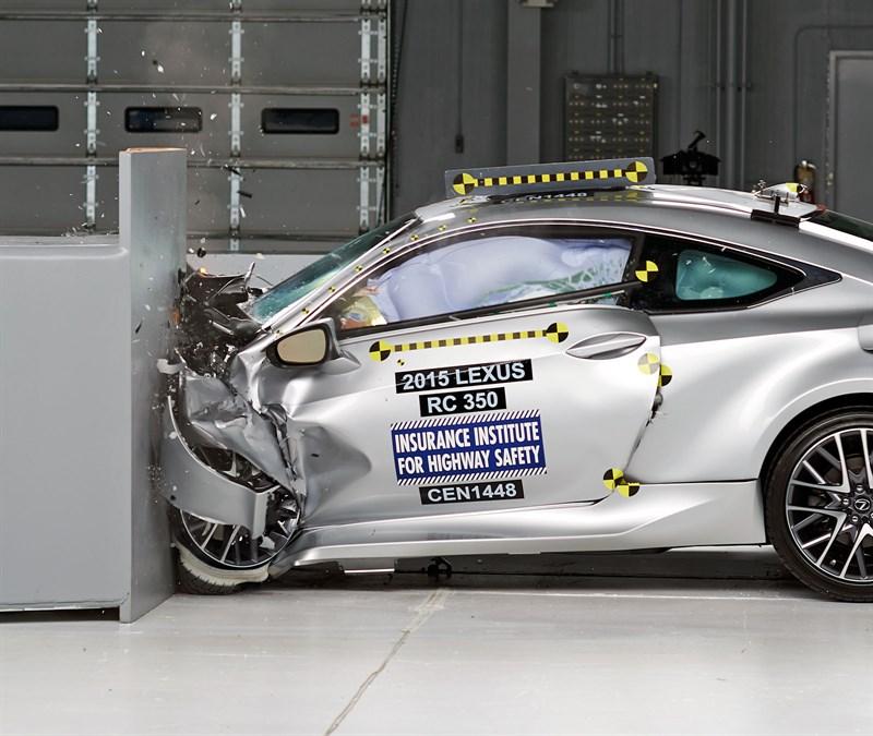 El Lexus RC es uno de los más seguros.