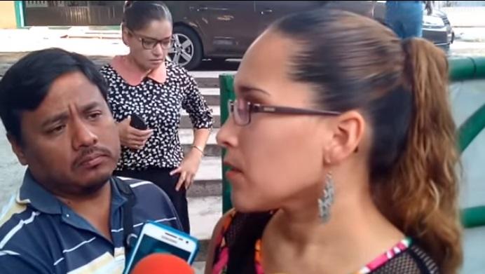 Acusan a directora en Colima de llamar obesos y lesbianas a sus alumnos (VIDEO)