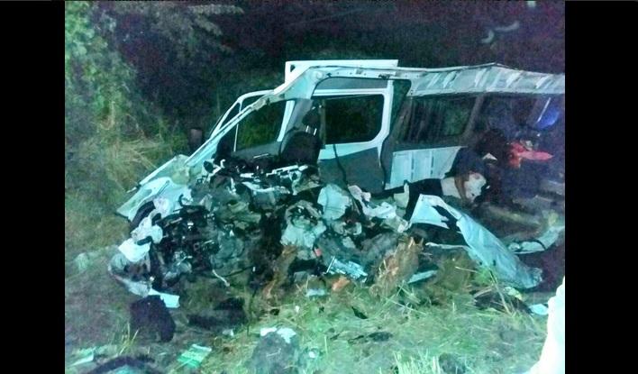 Accidente carretero en Oaxaca deja al menos 15 muertos