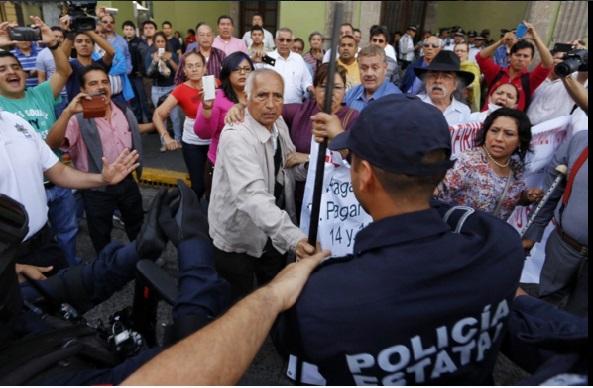 CNDH investigará agresión de policías en desalojo de jubilados en Veracruz