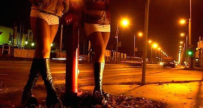 Prostituta revela los pedidos sexuales más extraños de sus clientes