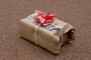 Si vas a reciclar regalos, no olvides estas reglas de oro