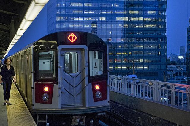 El tren 7 se dirigía a la estación de la calle 74 y Broadway