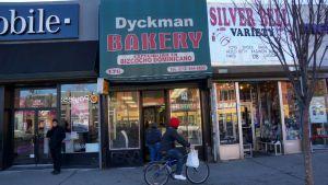 """Nuestros Barrios: El cambio de """"vibra"""" de la calle Dyckman"""