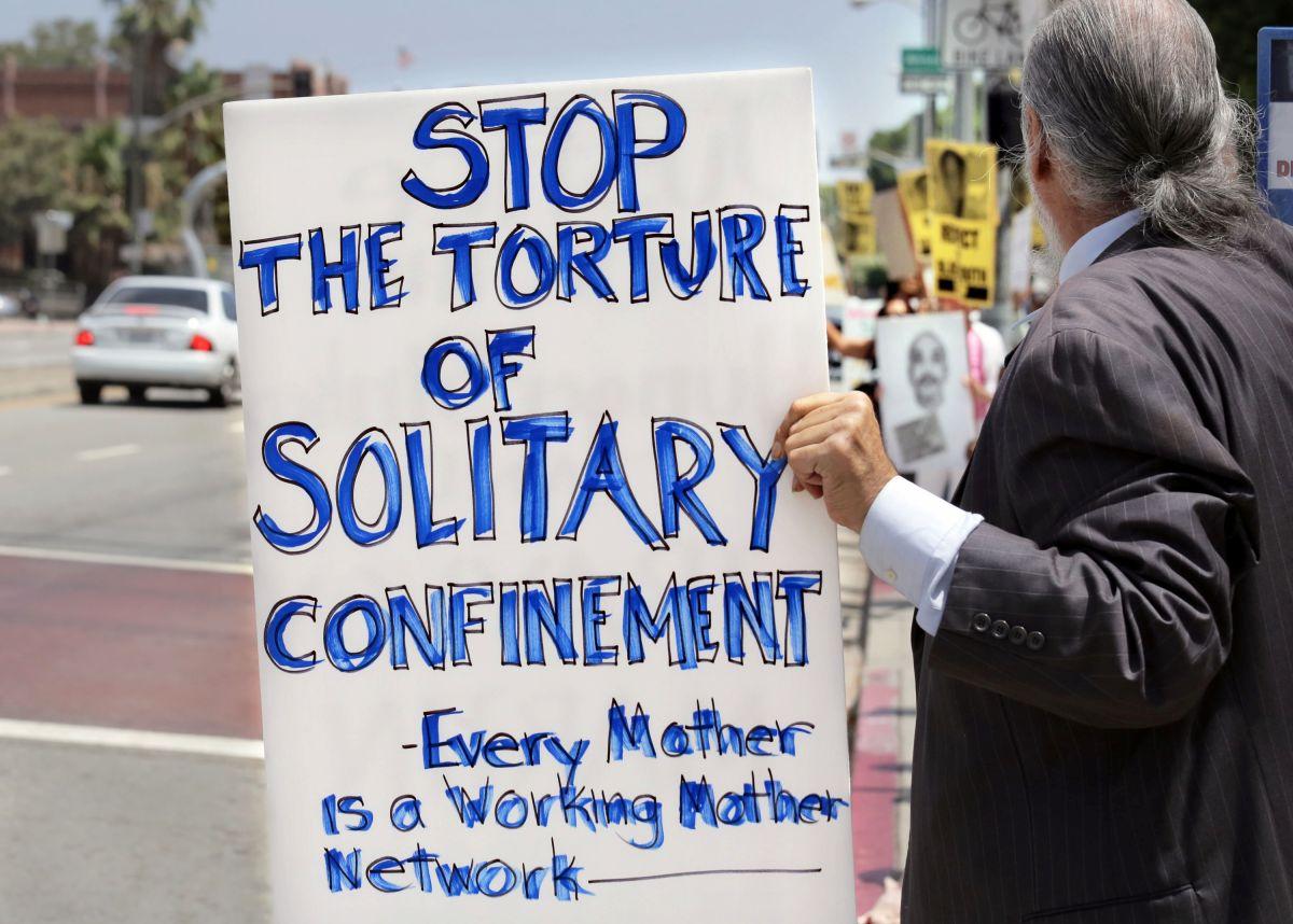 Activistas aplauden fin de confinamiento en solitario para jóvenes en cárceles federales