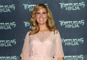 """Raquel Bigorra: sonríe a pesar de ser señalada de """"traicionera"""" de famosas"""