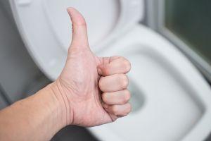 La asquerosa razón por la que SIEMPRE hay que lavarse las manos después de ir al baño