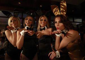 Playboy demandó a Fashion Nova por comercializar un disfraz muy similar a su traje de conejita