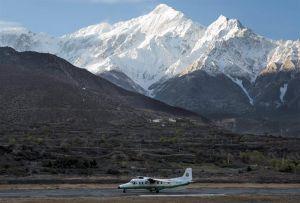 Avión siniestrado en Nepal deja 23 muertos