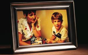 Después de 17 años habla la madre del autor de masacre de Columbine
