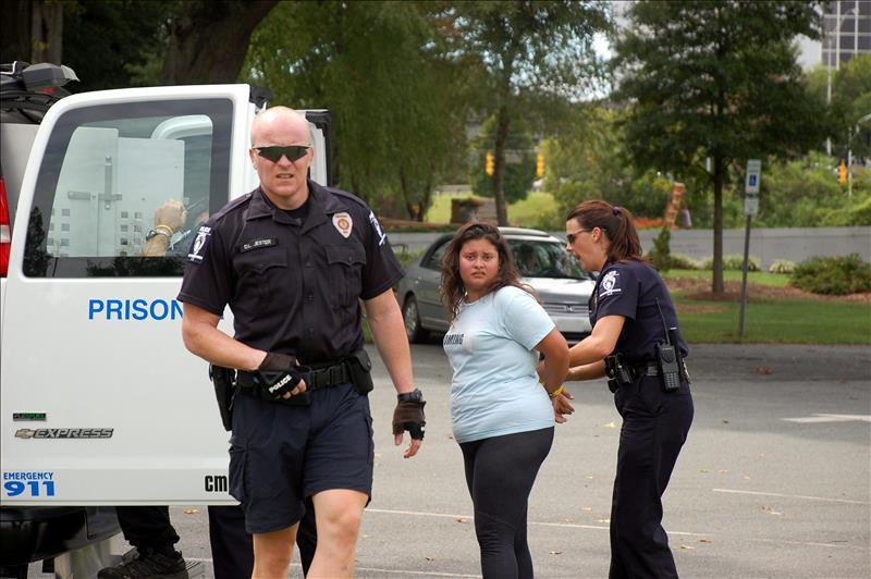 Los derechos de los inmigrantes en caso de un arresto