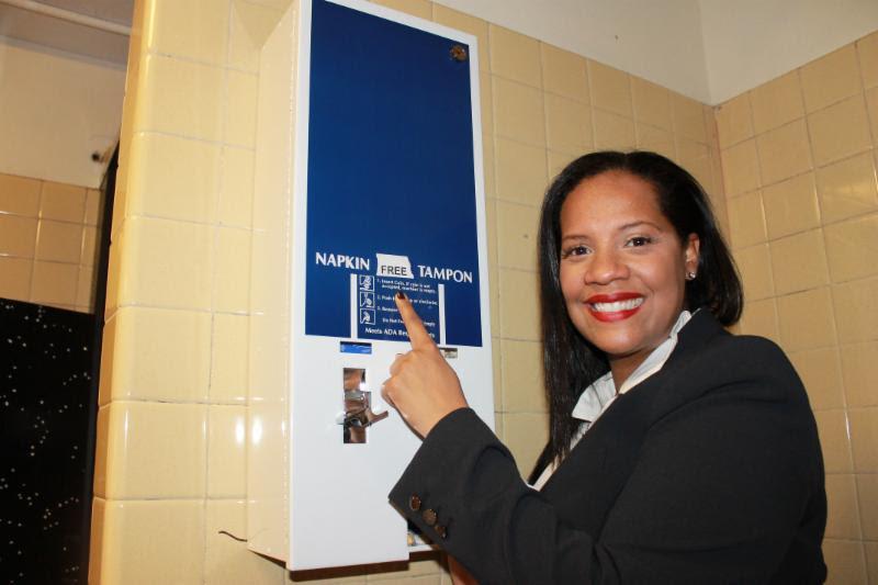 Estudiantes de NYC tendrán acceso gratis a toallas sanitarias