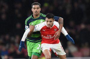 Arsenal no aprovechó y cayó en casa con el Swansea