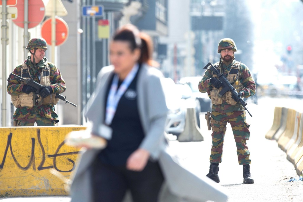Vídeo muestra el interior del metro de Bruselas durante la evacuación