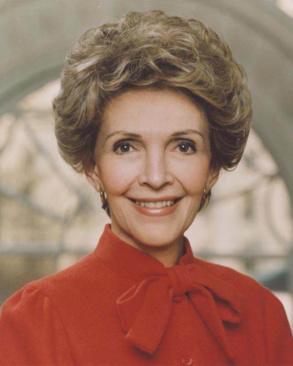 Líderes políticos rinden tributo a obra y figura de Nancy Reagan